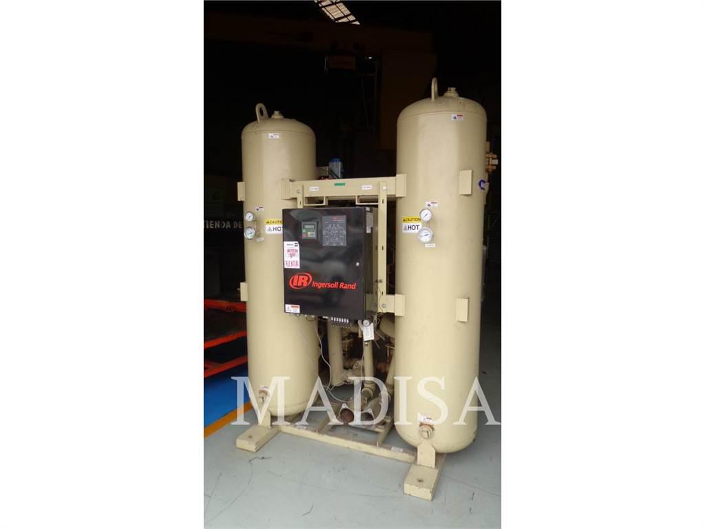 Ingersoll Rand HB600, Petroleum Engines, Construction
