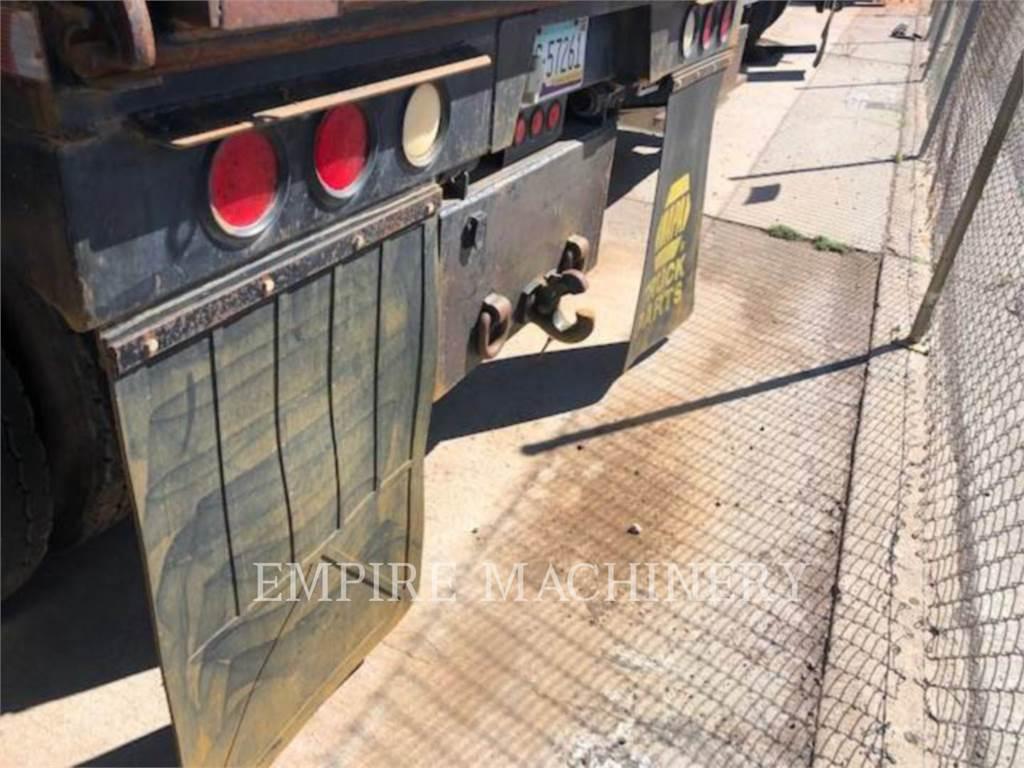 International 4300, Petroleum Engines, Construction