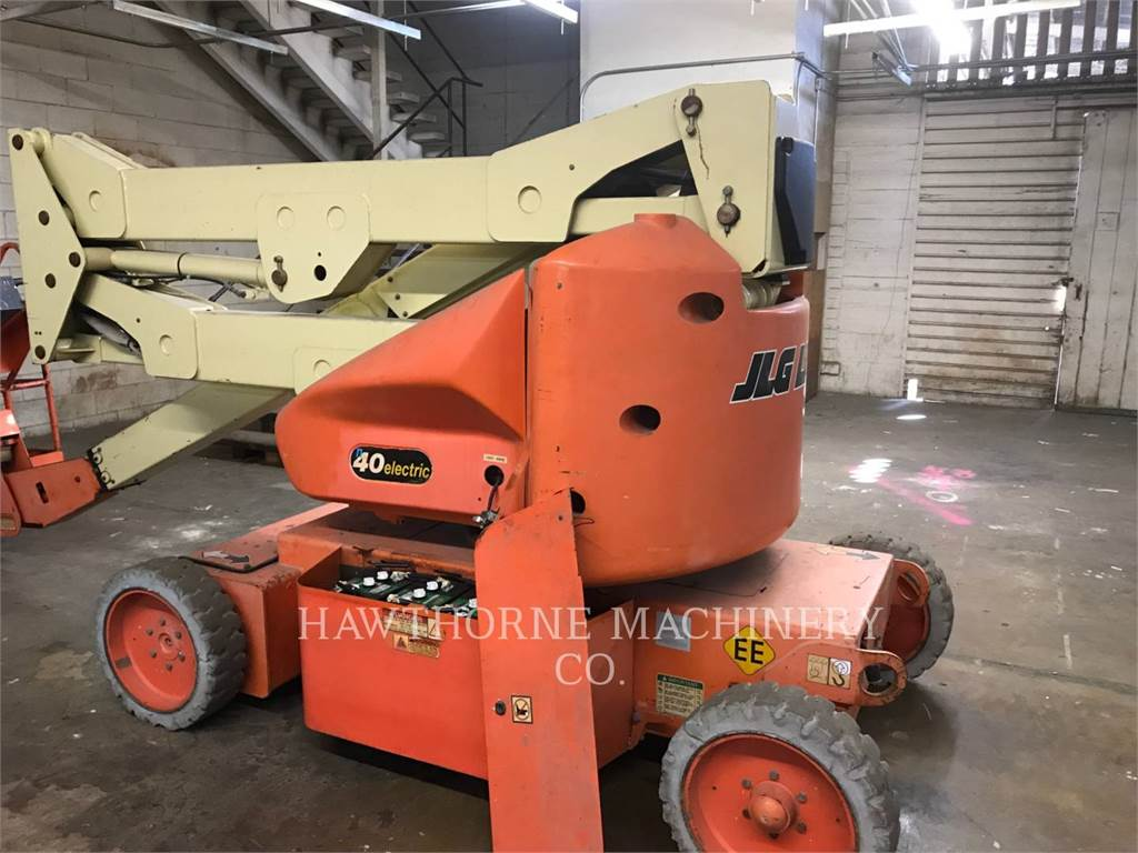 JLG 40E(N), Articulated boom lifts, Construction