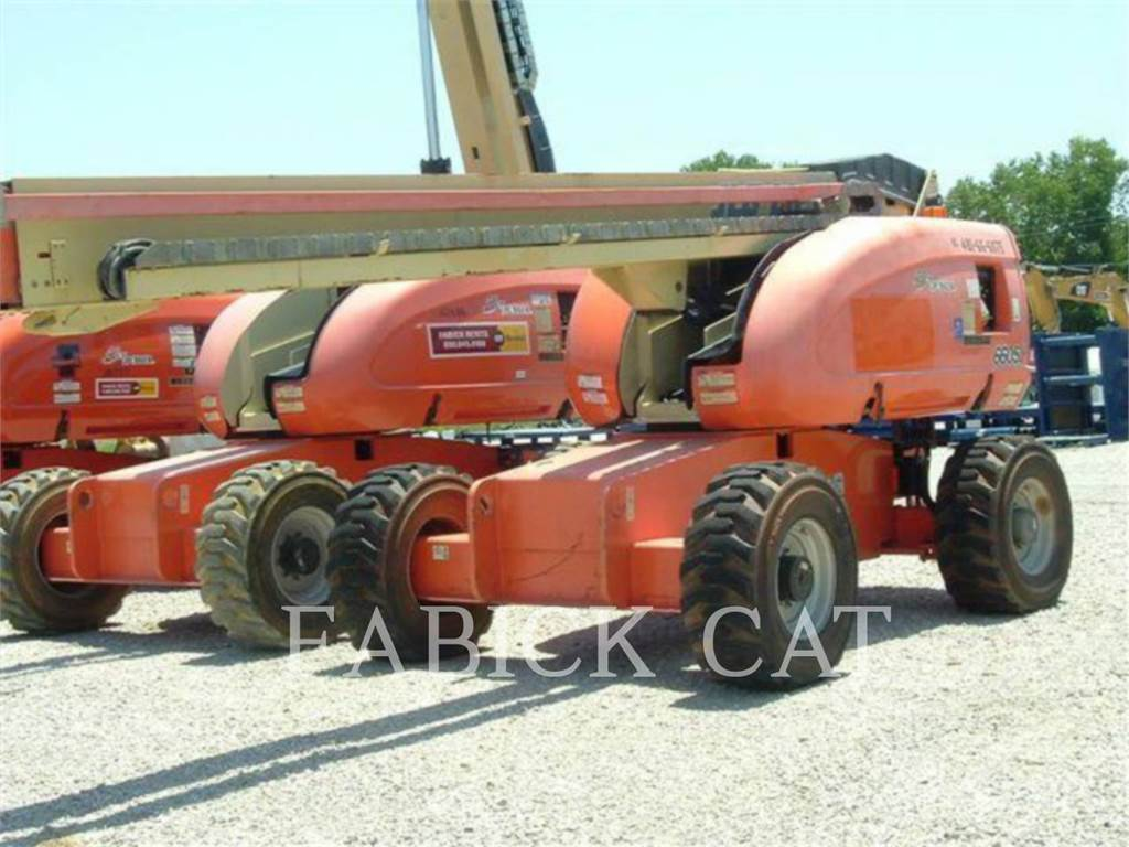 JLG 660SJ, lift - scissor, Construction