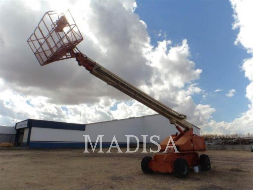 JLG 80-HX, Articulated boom lifts, Construction