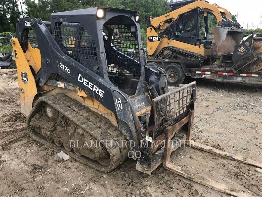 John Deere 317G, Mini incarcator, Constructii