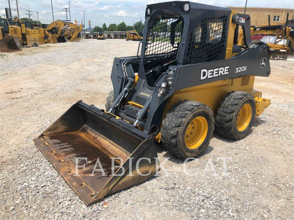 John Deere 320 E, Mini incarcator, Constructii