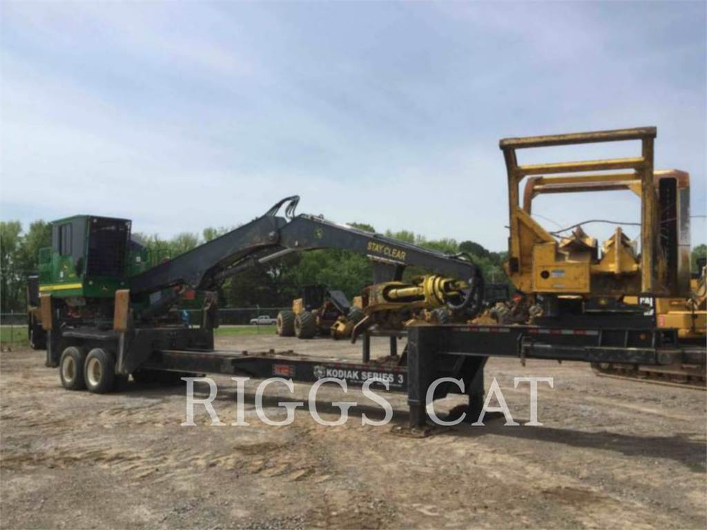 John Deere 437E, Knuckleboom loaders, Forestry Equipment