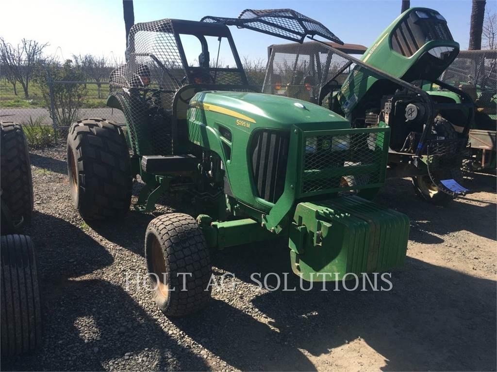 John Deere 5095M, tractores agrícolas, Agricultura