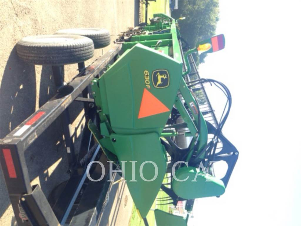 John Deere 630F、コンバイン、農業
