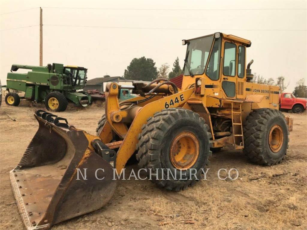 John Deere 644E, Wheel Loaders, Construction