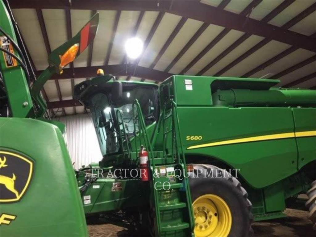John Deere 680 SST, combines, Agriculture