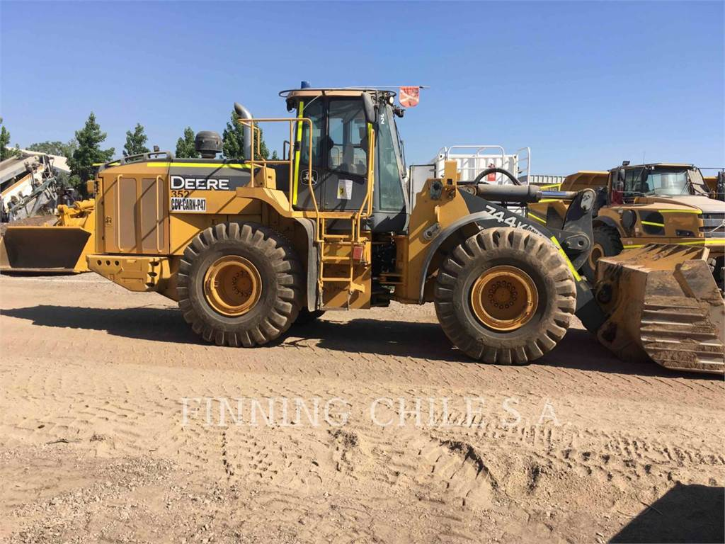 John Deere 744K, Wheel Loaders, Construction