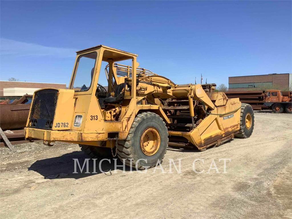John Deere 762, Scrapers, Construction