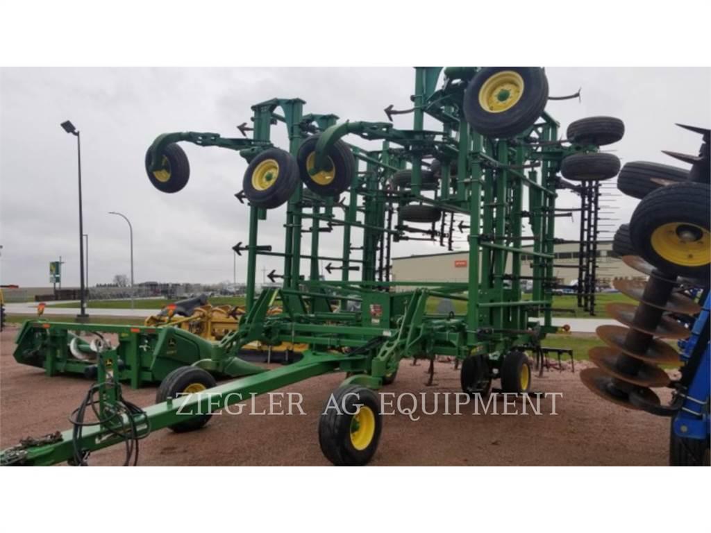 John Deere & CO. 2210, equipo de labranza agrícola, Agricultura