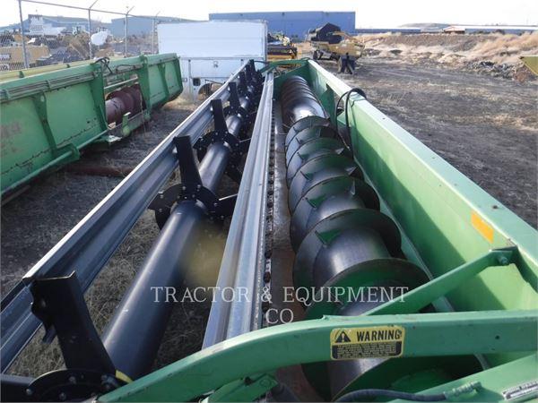 John Deere & CO. 230, Erntevorsätze, Landmaschinen