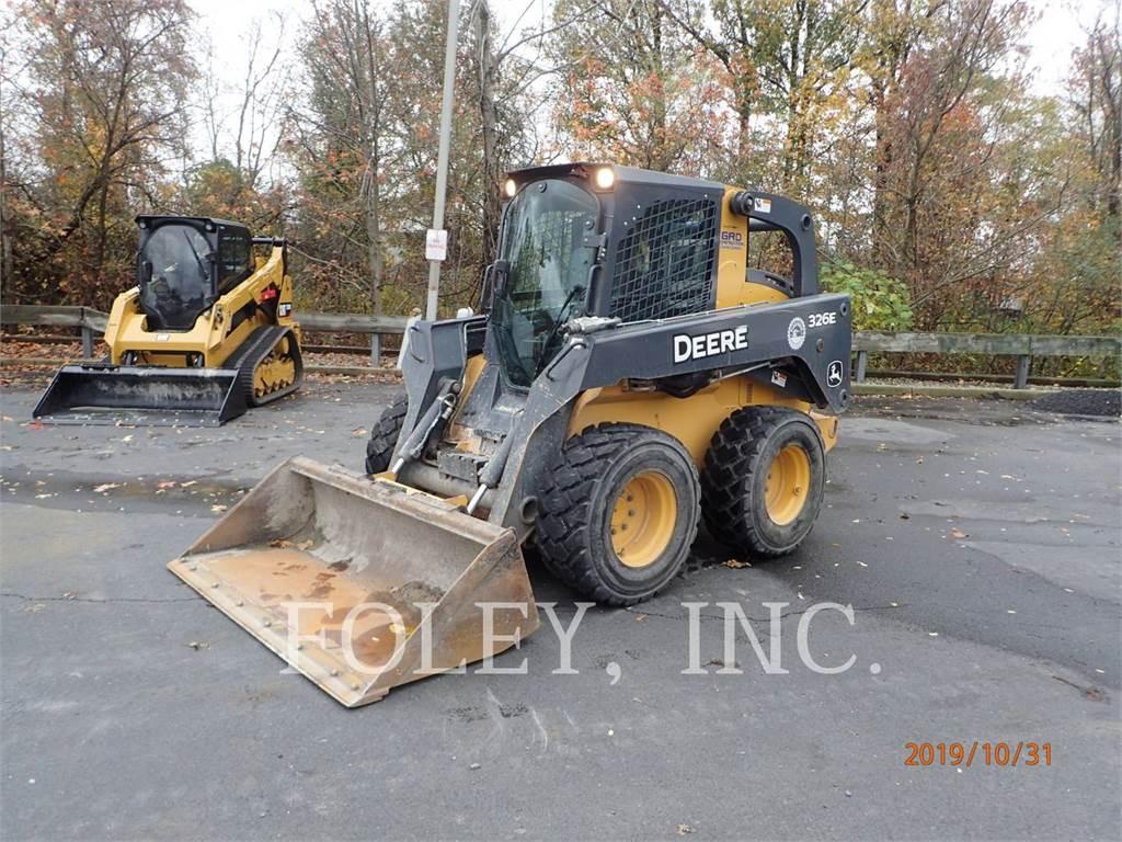 John Deere & CO. 326E, Skid Steer Loaders, Construction