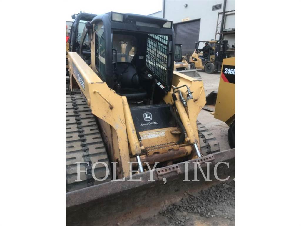 John Deere & CO. 332, Skid Steer Loaders, Construction