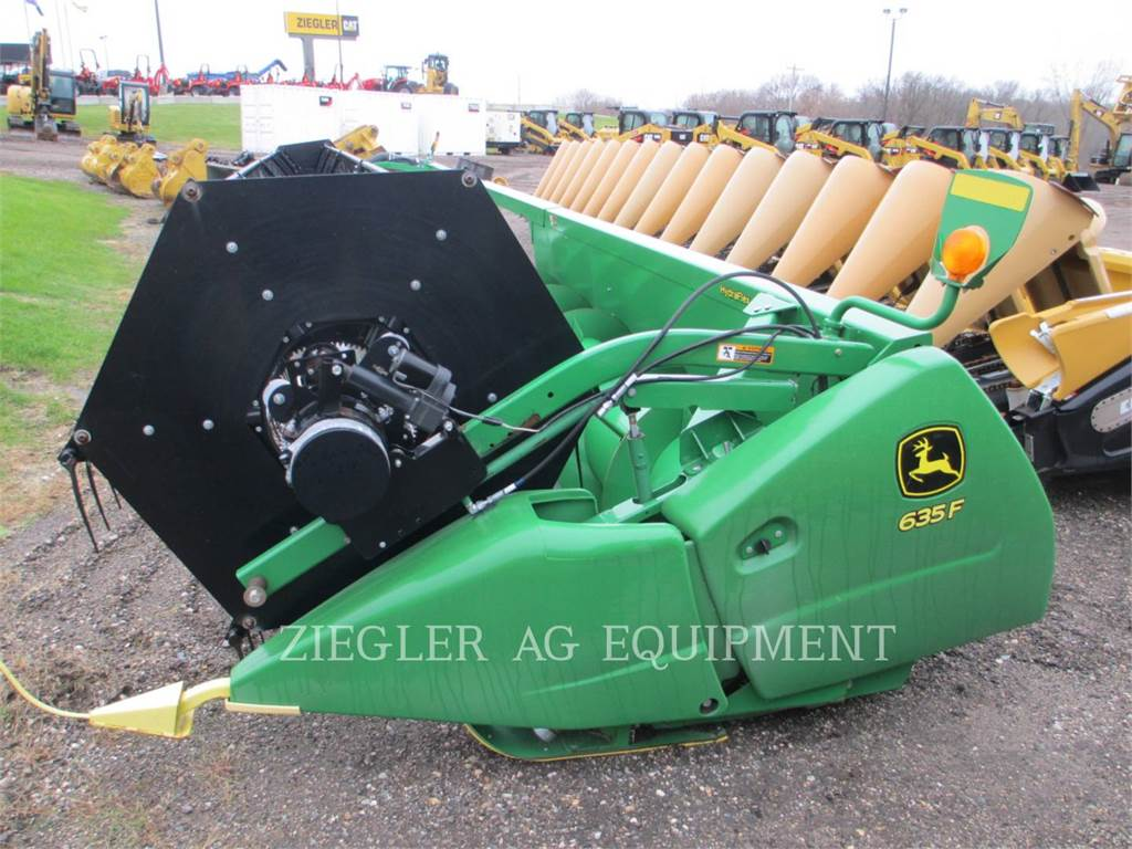 John Deere & CO. 635F, Combine Harvester Accessories, Agriculture