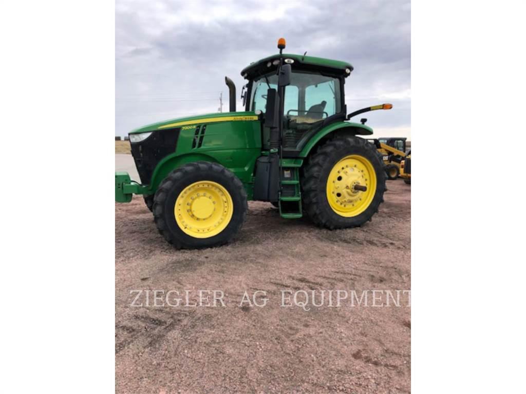 John Deere & CO. 7200R, tractors, Agriculture