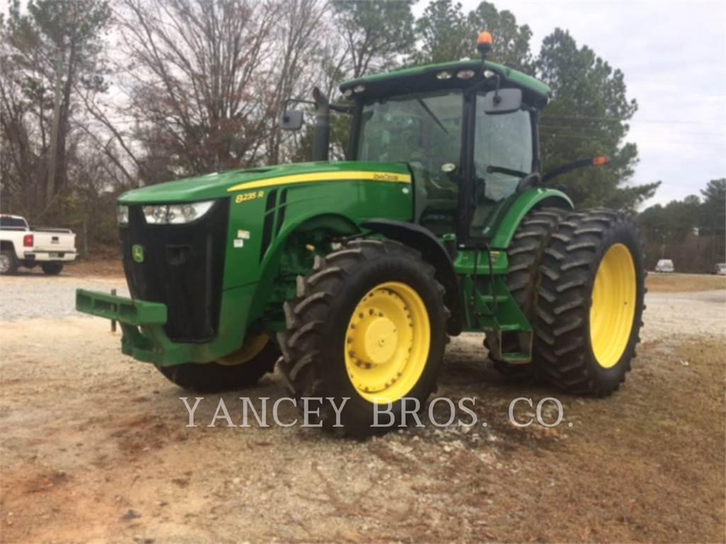 John Deere & CO. 8235R, tractors, Agriculture