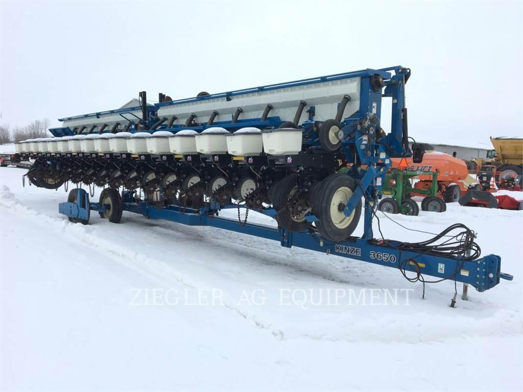 Kinze 3650, tillage equipment, Agriculture