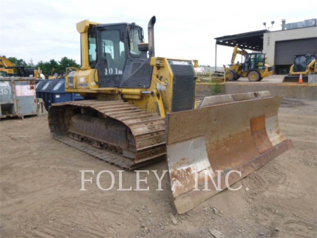 Komatsu D61PX15, Dozers, Construction