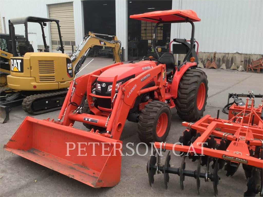 Kubota MX5200HST, tractors, Agriculture