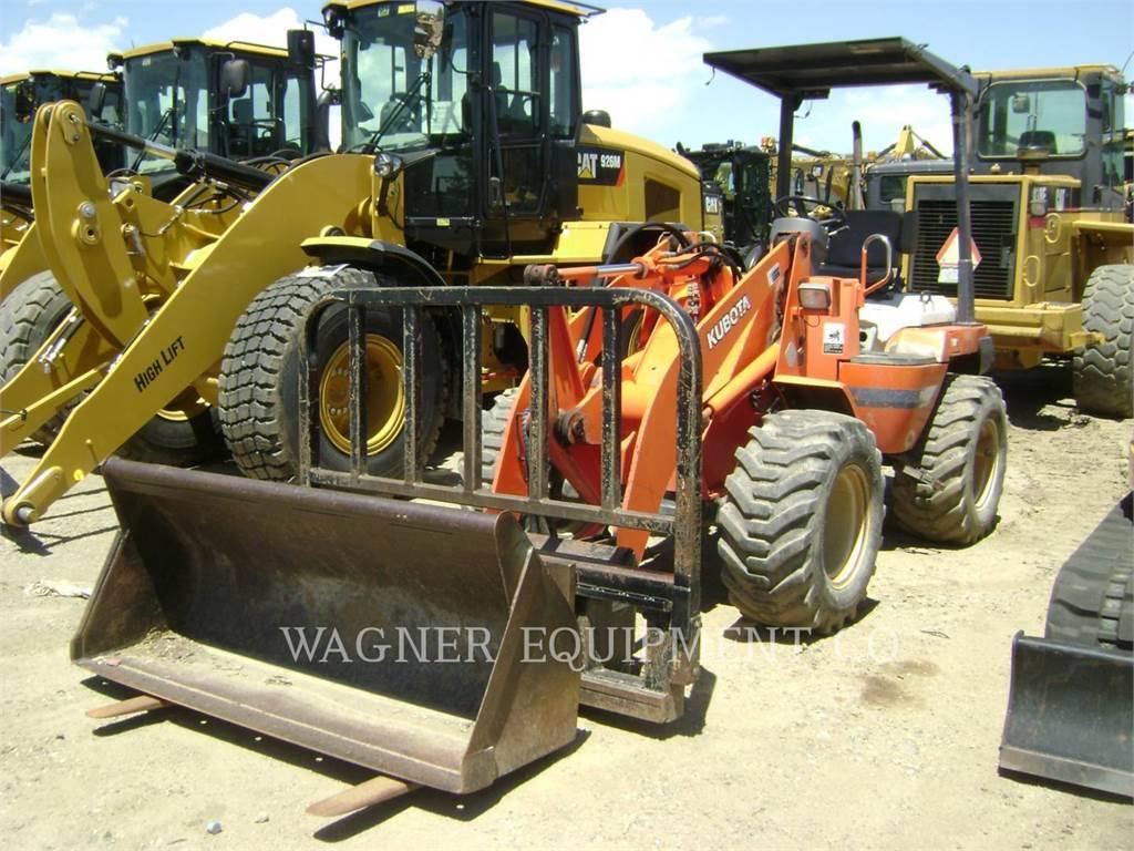 Kubota R520, Pás carregadoras de rodas, Equipamentos Construção