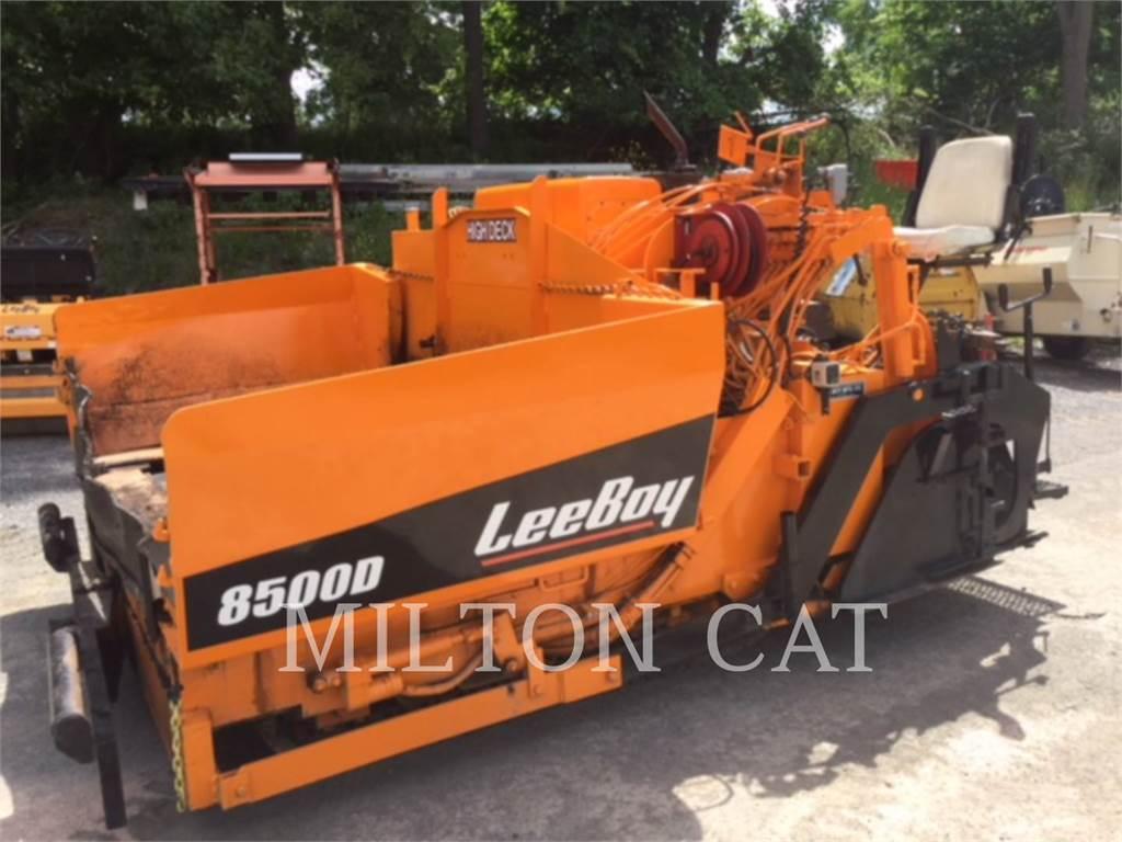 LeeBoy 8500, Asphalt pavers, Construction