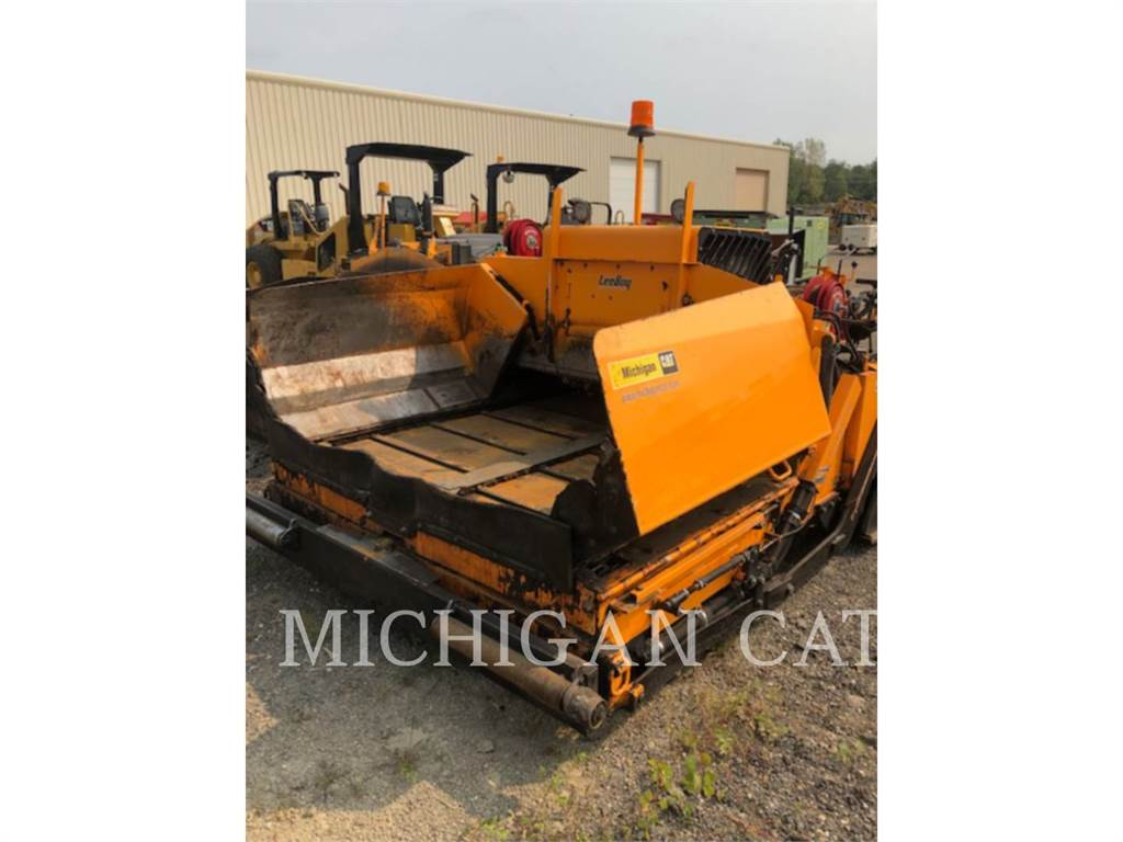 LeeBoy 8500D, Asphalt pavers, Construction