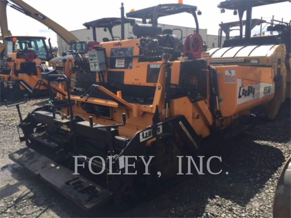 LeeBoy 8510T, Asphalt pavers, Construction