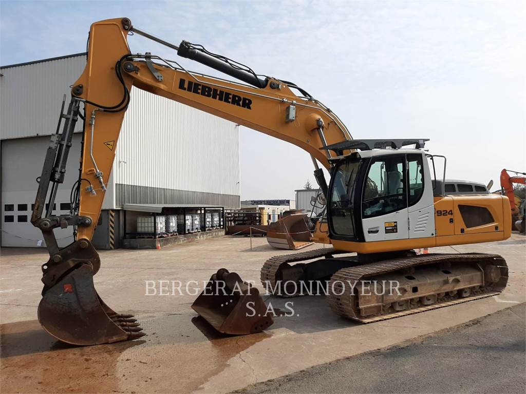 Liebherr R924LC、履带挖掘机、建筑设备