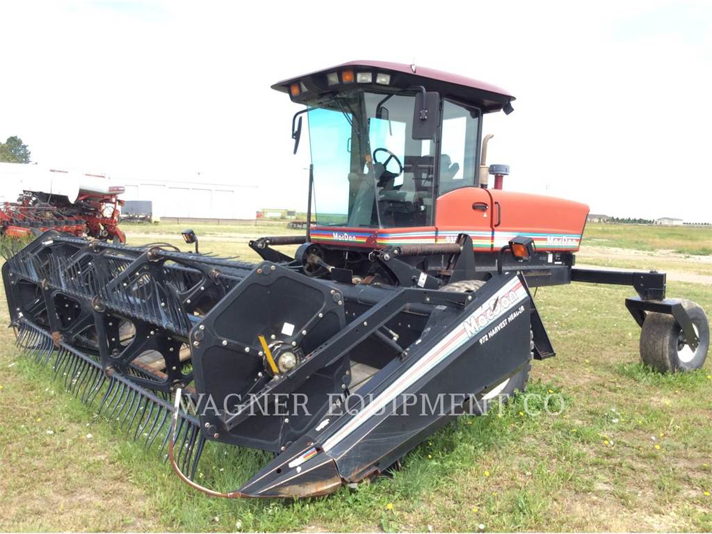 MacDon 9352I, hay equipment, Agriculture