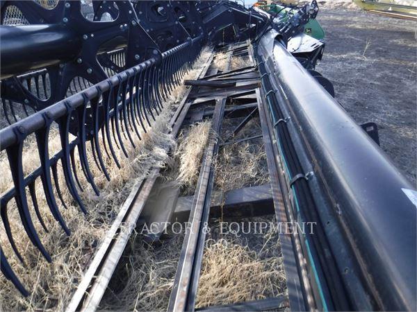 MacDon 973, Głowice ścinkowe, Maszyny rolnicze