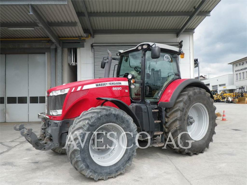 Massey Ferguson 8690 DYNA VT、農業用トラクタ、農業
