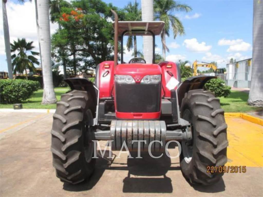 Massey Ferguson MF2695 4WD, landwirtschaftstraktoren, Landmaschinen