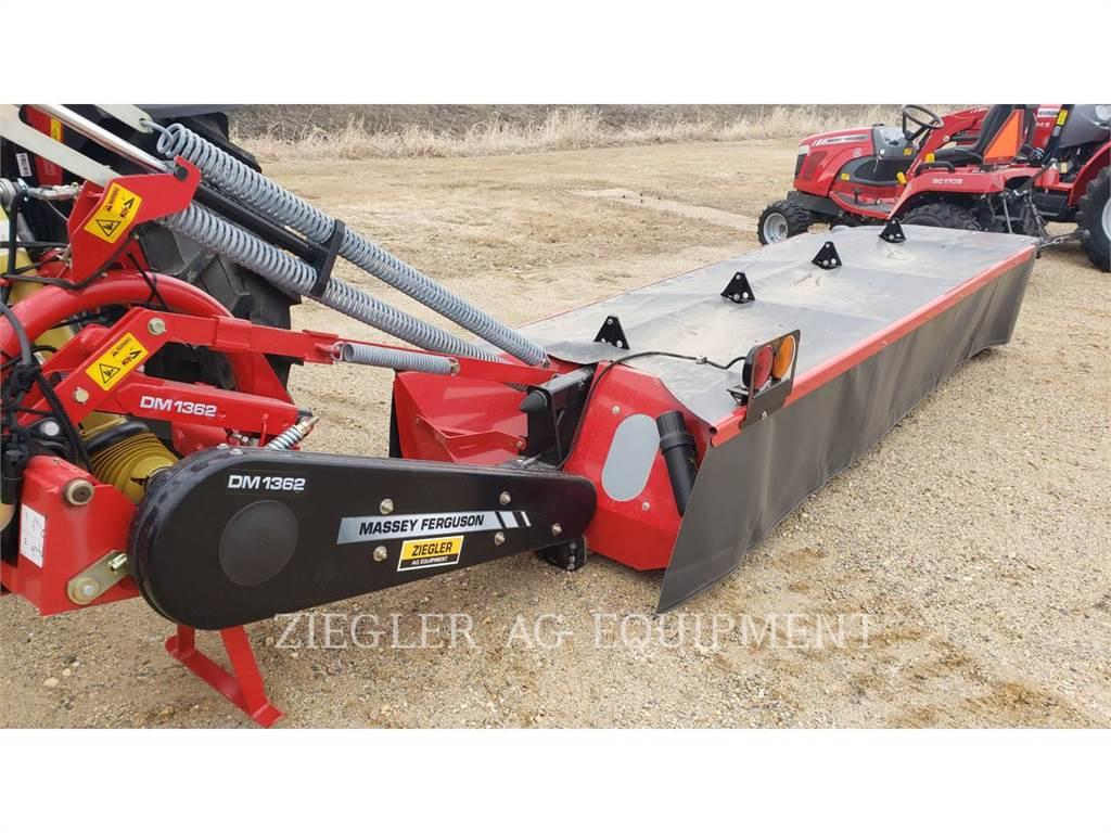 Massey Ferguson MFDM1362, echipamente agricole pentru cosit, Agricultură