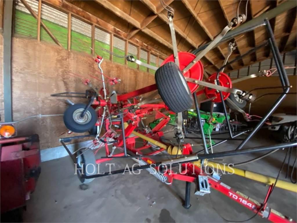 Massey Ferguson MFTD1648, hay equipment, Agriculture
