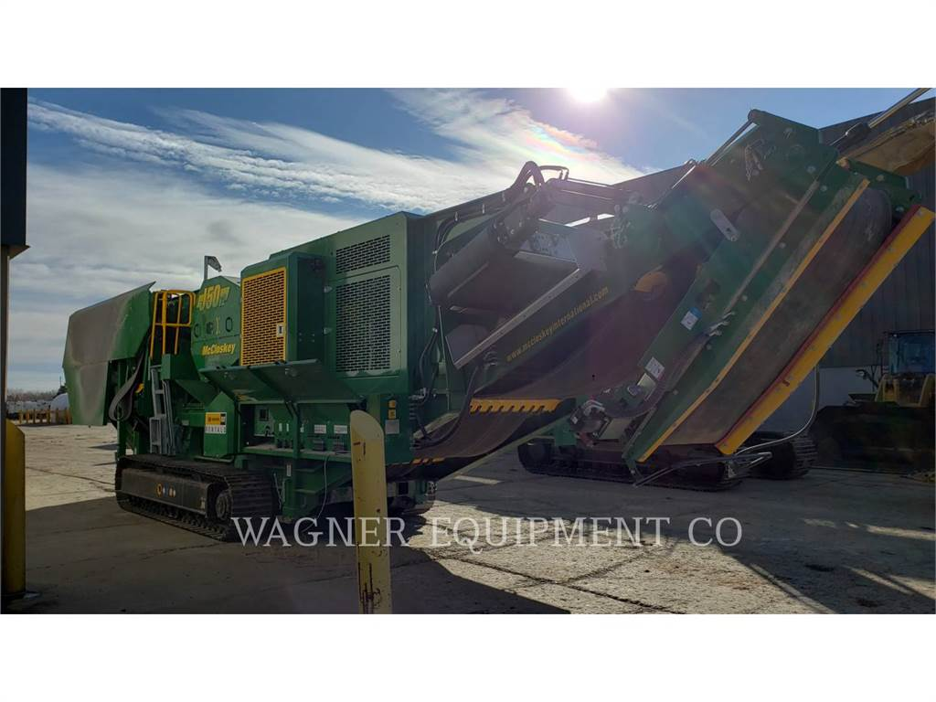 McCloskey J50V2, crushers, Construction