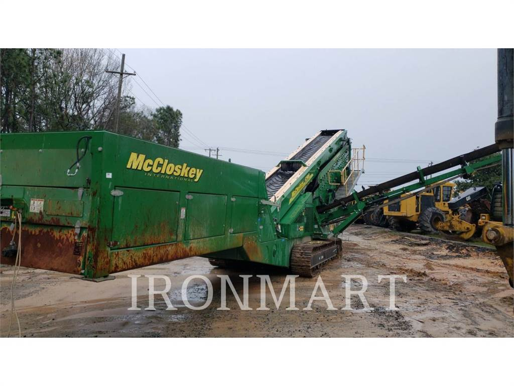McCloskey S1903DT, Screeners, Construction