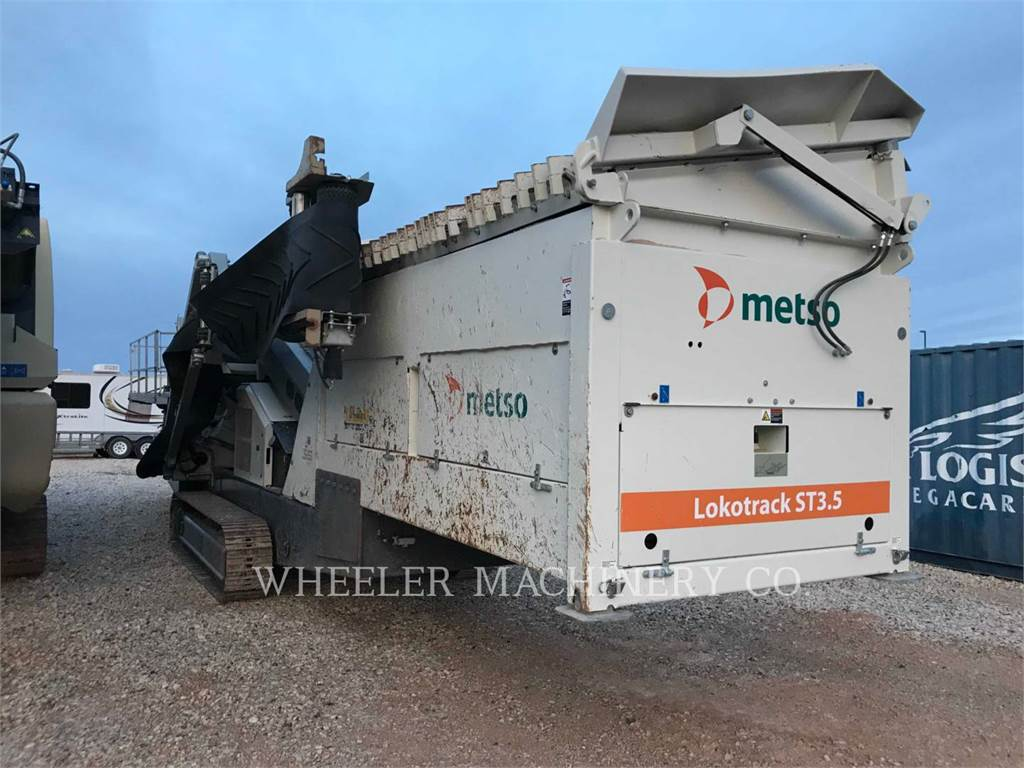 Metso ST3.5 SCRN, Mobile screeners, Construction