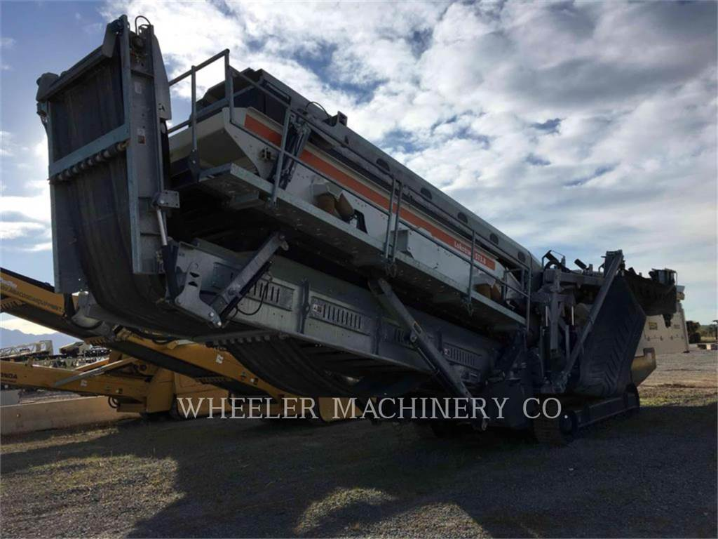 Metso ST3.8 SCRN, Mobile screeners, Construction