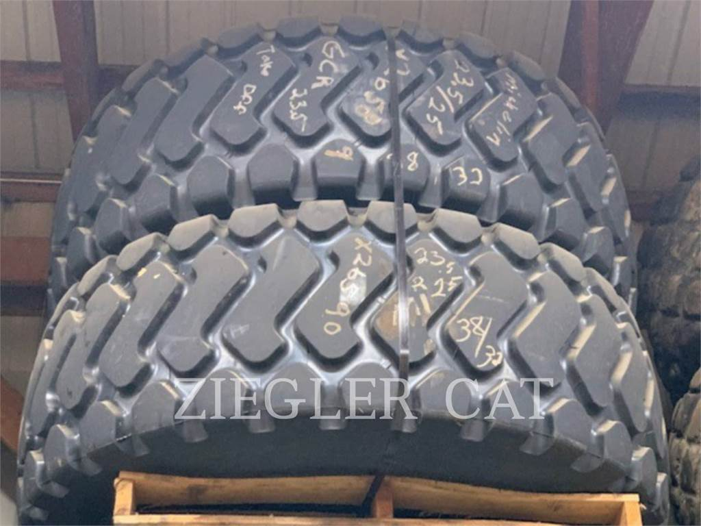 Michelin 23.5X25 TIRES (2), tires, Construction