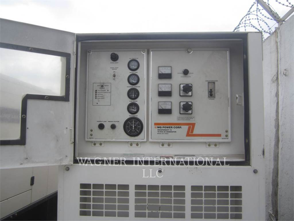 MultiQuip DCA-70SSIU、固定式発電機セット、建設