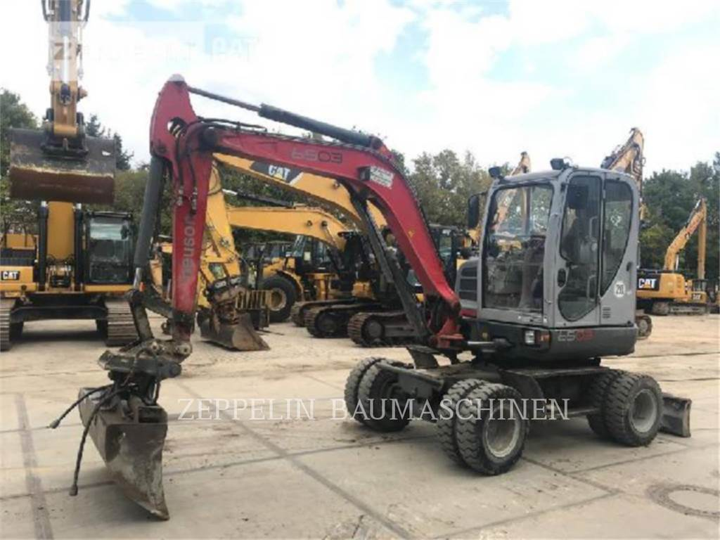 Neuson 6503, wheel excavator, Construction