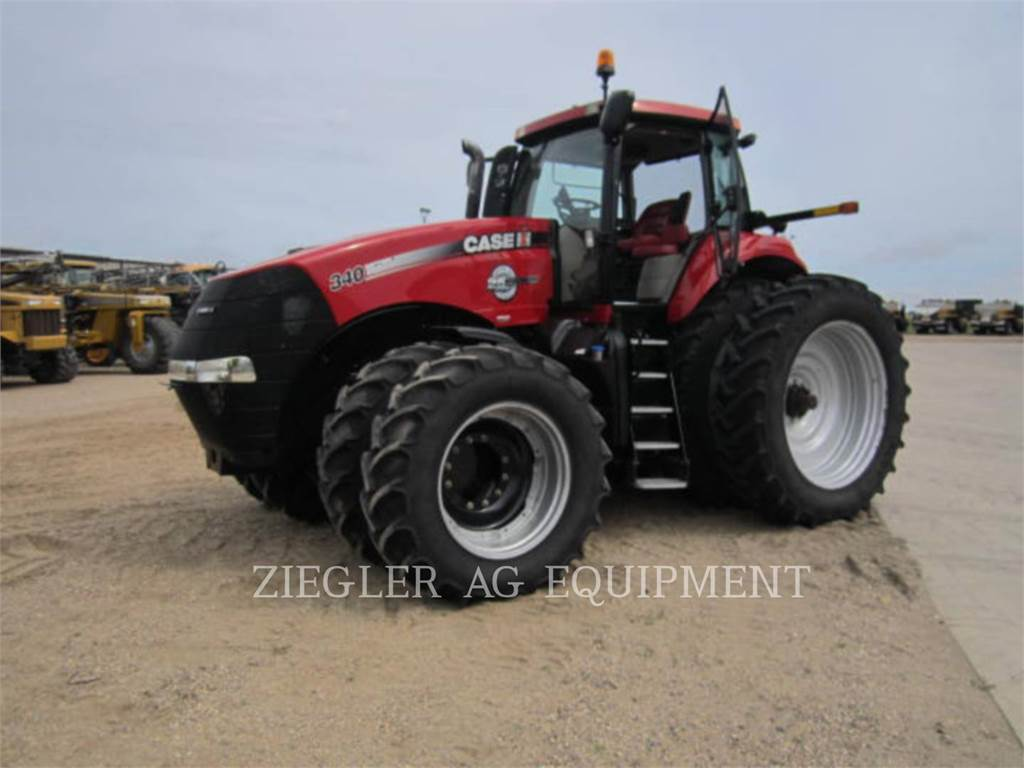 New Holland MAGNUM-340