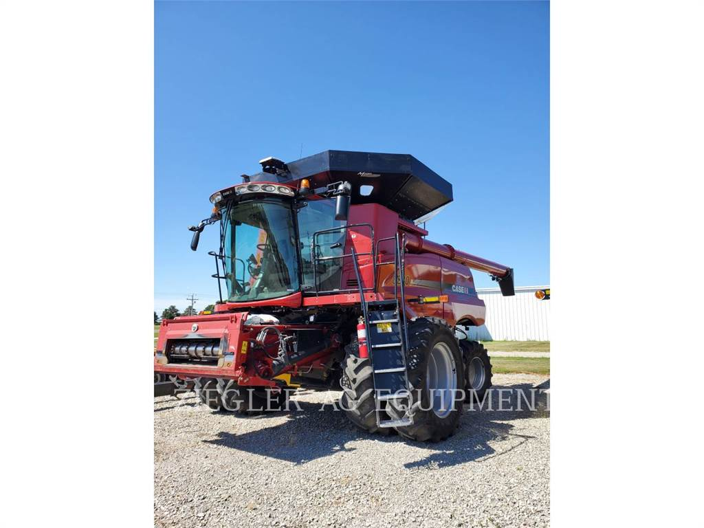 New Holland 8230, combines, Agriculture