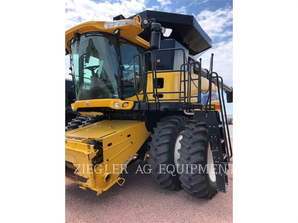 New Holland CR9065, combines, Agriculture
