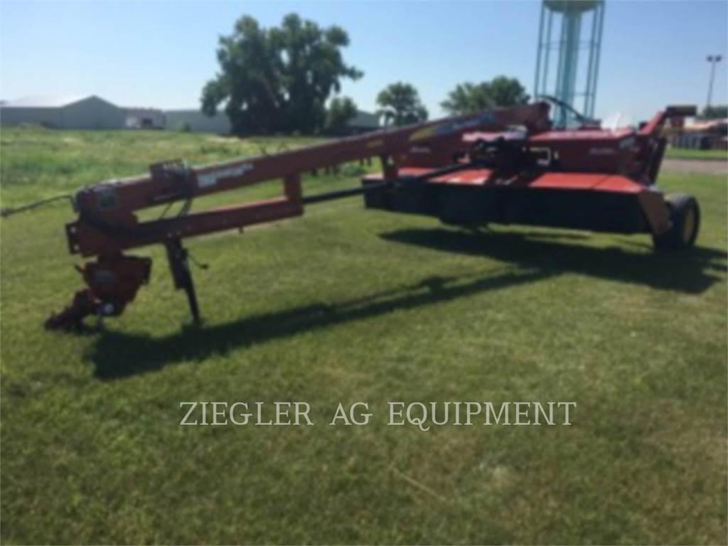 New Holland H7450, echipamente agricole pentru cosit, Agricultură