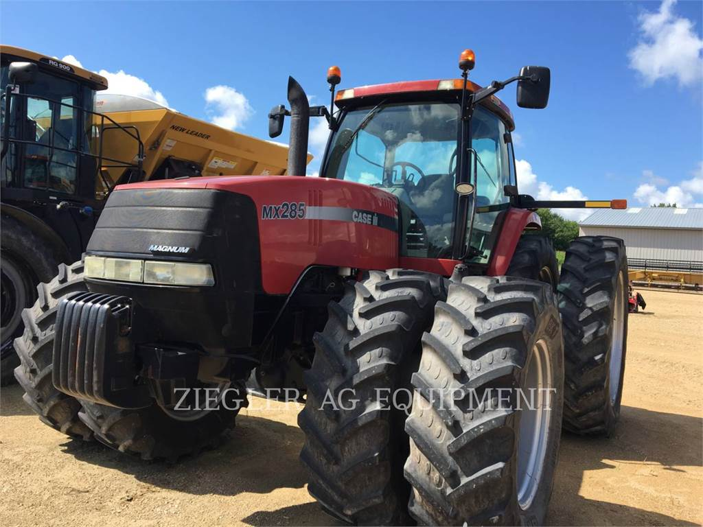 New Holland MX285, tractors, Agriculture