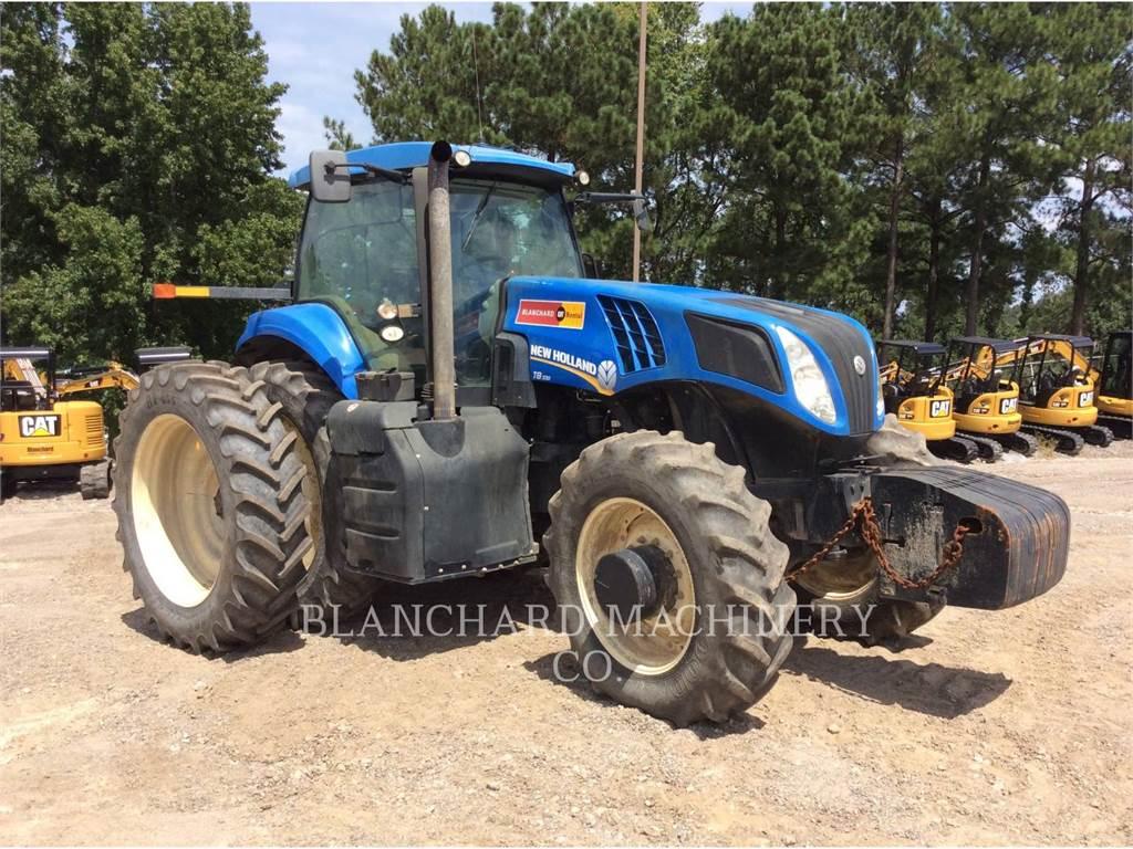 New Holland T8.330、農業用トラクタ、農業