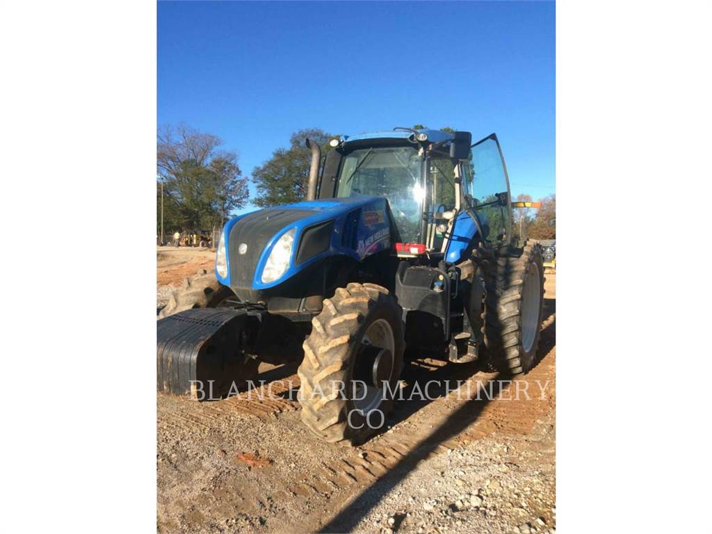 New Holland T8.330, tracteurs agricoles, Agricole