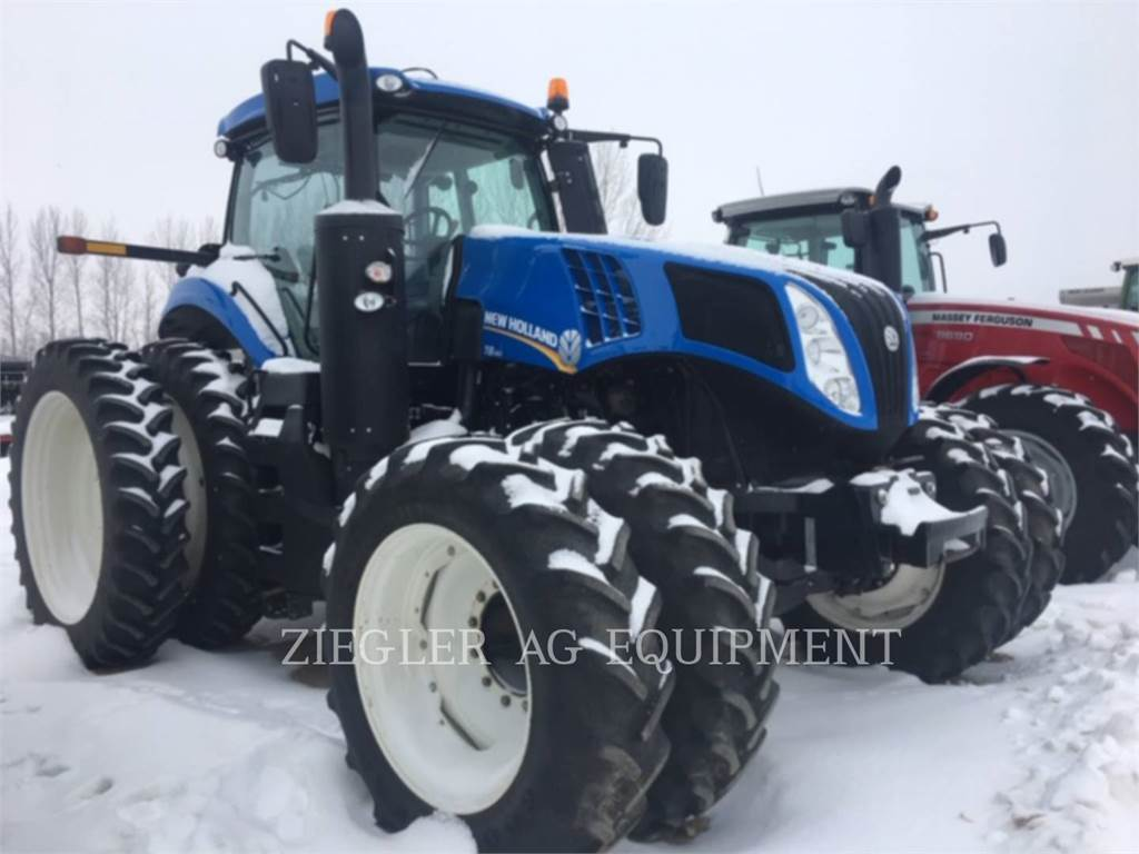 New Holland T8.410、農業用トラクタ、農業